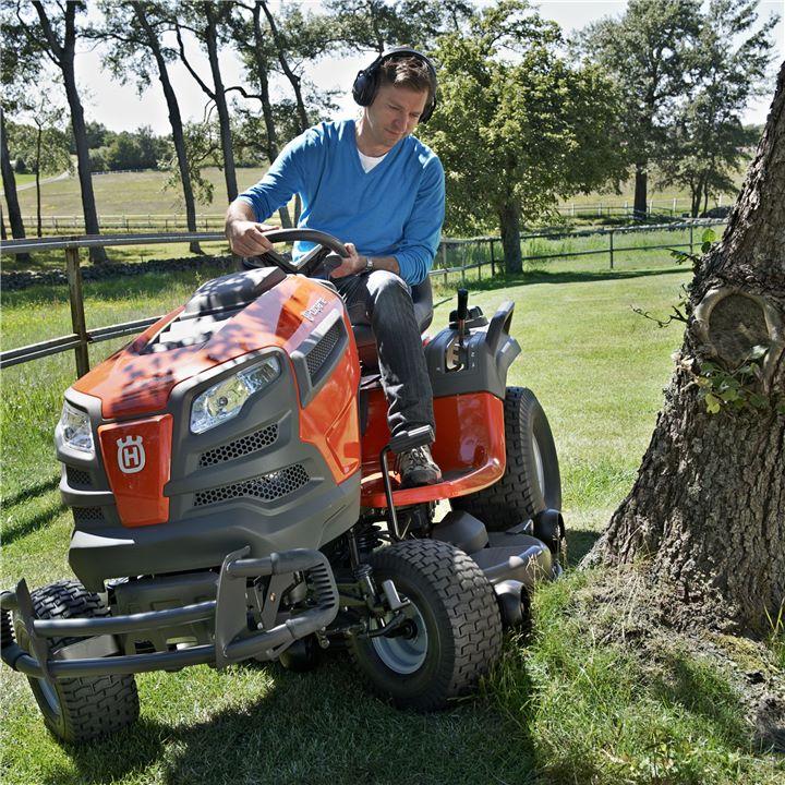 Husqvarna Traktor